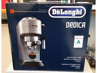 De'Longhi Dedica EC 680.BK pump espresso coffee machine