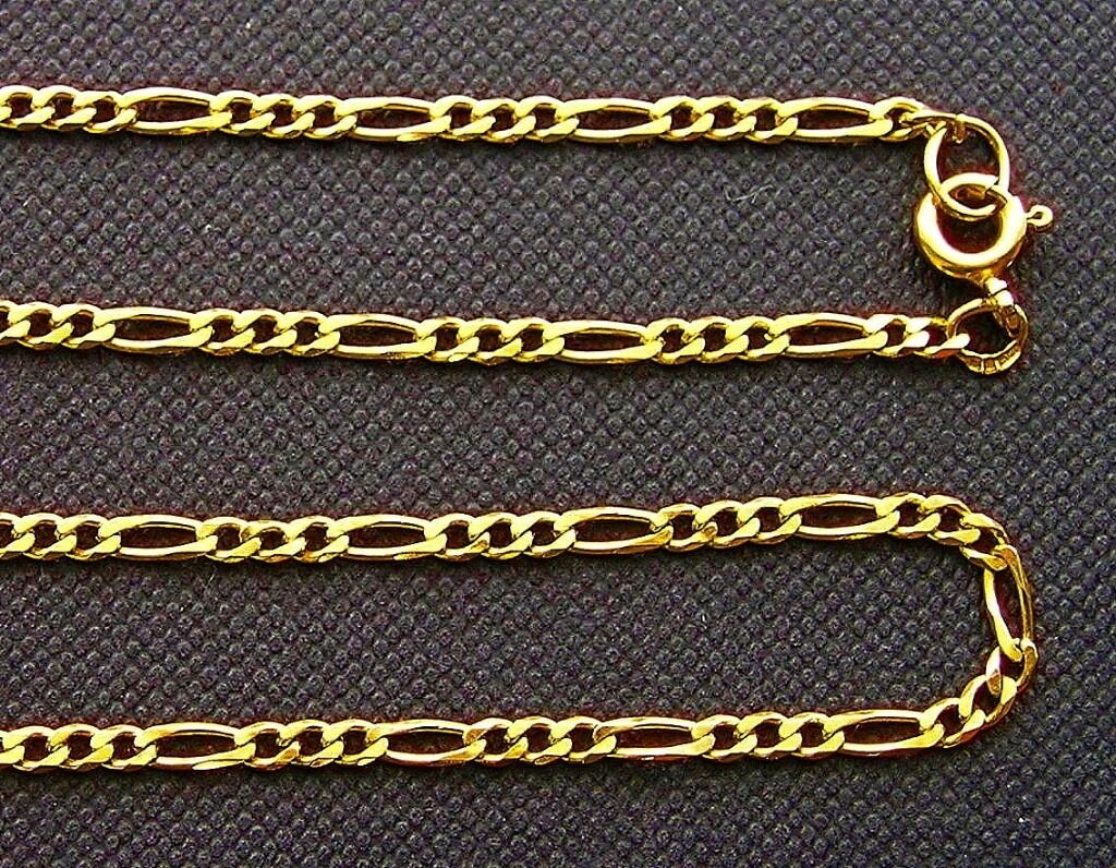 A solid gold Figaro style necklace in perfect condition28.759ct, 9k, 9ktin Redbridge, LondonGumtree - A really nice Figaro style solid 9ct gold necklace in undamaged condition no kinks or damaged links. A Figaro chain has flattened links which vary in size. It usually has 2 or 3 shorter links alternating with a longer link. Figaro is a style that...