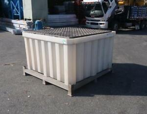 POLY IBC Spill Containment Unit