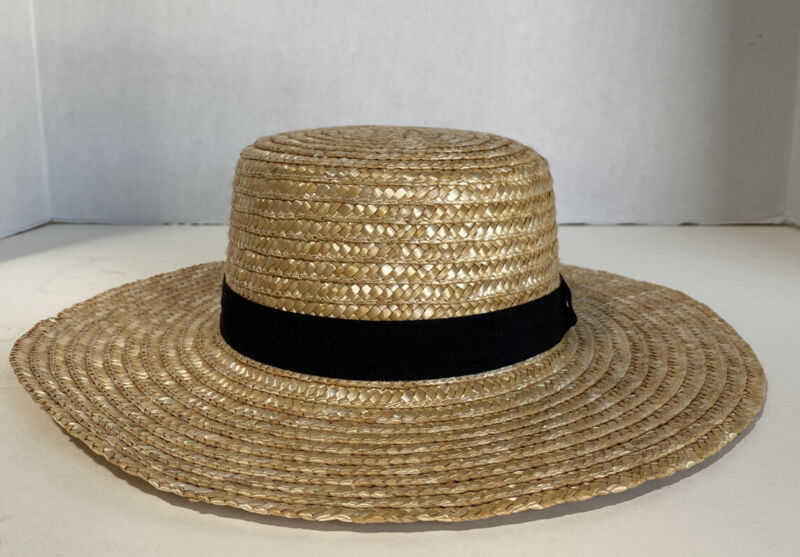 WOMEN'S BOATER STRAW HAT WITH BLACK BAND