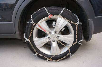 Snow Chains - Diamond Pattern - Suits SUV and 4WD and Passenger Derrimut Brimbank Area Preview
