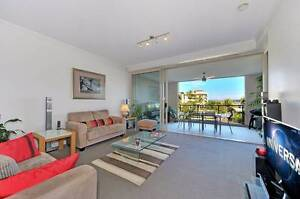 Waterfront apartment with spectacular views - Neg. Make an offer! Hope Island Gold Coast North Preview