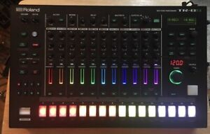 Roland TR-8S + 3D Waves Stand