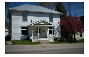 House Available for Short Term or weekly Rentals