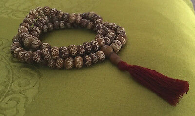 Dainty Mala from Bodhibaum-Holz from Nepal with Mantra: Om Mane Padme Hum 65cm
