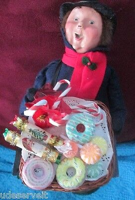 Byers Choice Christmas Sweets & Treats Candy Man Seller Vendor
