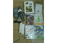 Nintendo Wii complete console with for games