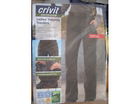 Ladies Hiking Trousers size 10, stretchy water resistant fabric £10
