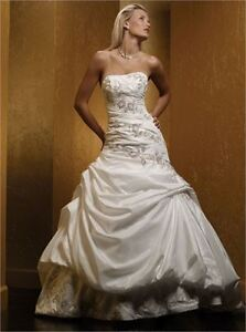Mia Solano wedding dress