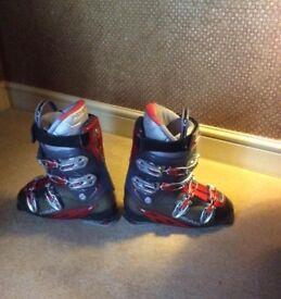HEAD ski boots size 10