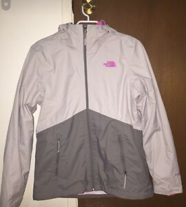 Never Worn North Face outerwear jacket with attachable fleece