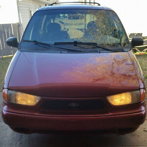 1998 Ford Windstar Minivan, Van Moose Jaw Regina Area image 2