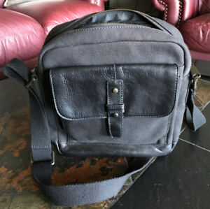 Fossil Mens Black Canvas & Leather Shoulder/Cross Body Bag