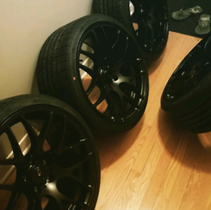 5x114 , 19 inch staggered Ikon rims mint with tires