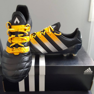 Adidas Ace Leather  Soccer Shoes - Size US 8