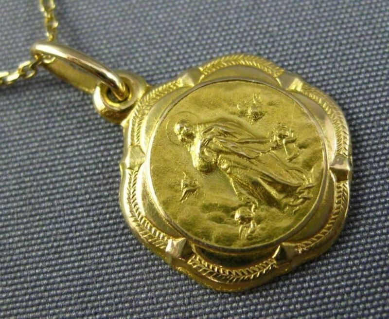 Estate 18kt Yellow Gold 3d Handcrafted Religious Christ Pendant & Chain #25012