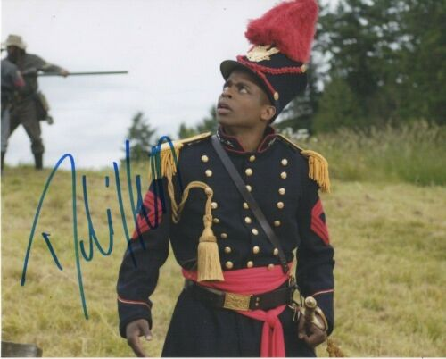 Dule Hill Psych Autographed Signed 8x10 Photo COA 2020-1