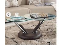 Glass extending coffee table
