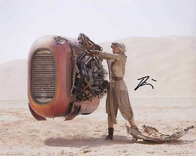 Daisy Ridley In Person Authentic Autographed Photo Coa Star Wars Sha  54317