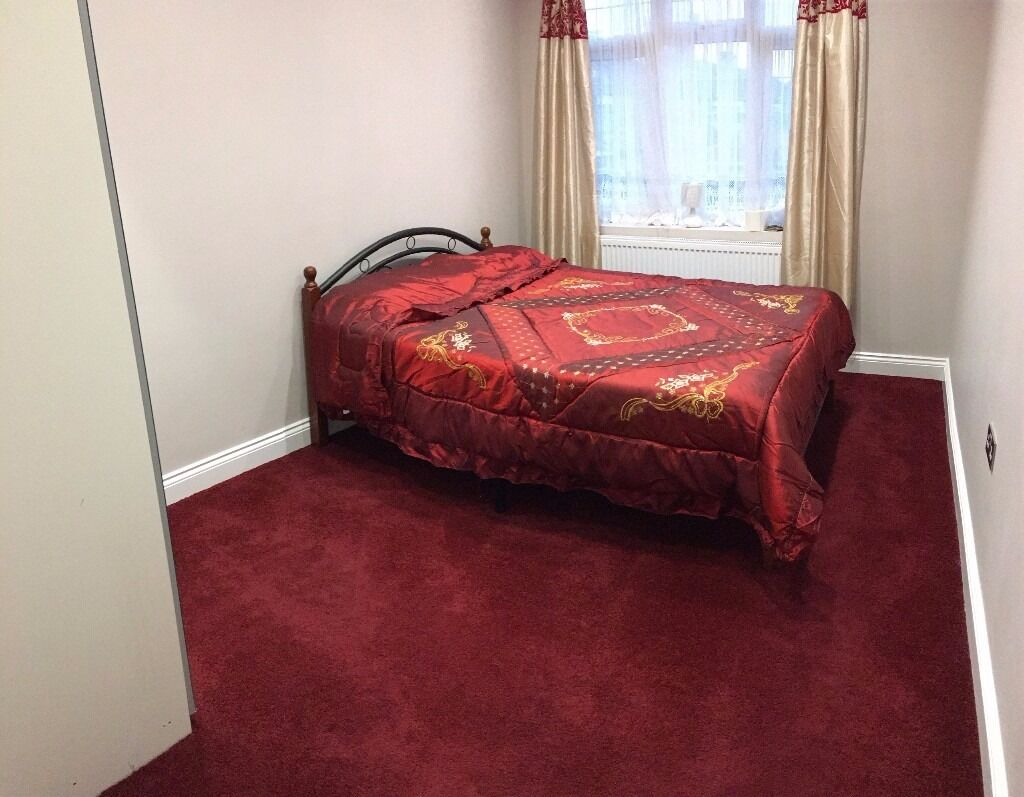 REDUCED!! ALL BILLS INC!! LOVELY STUDIO FLAT/1 BEDROOM FLAT FULLY FURNISHED N18