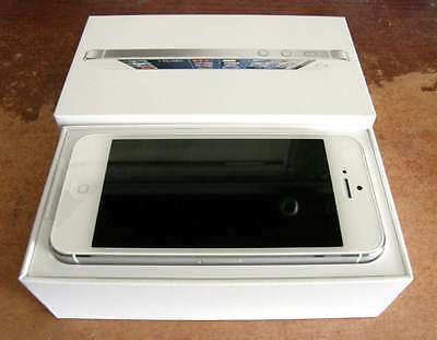 New In Box Apple iPhone 5 - 16GB - White & Silver (Verizon) Smartphone