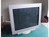Mitsubishi Diamond Pro 2070 SB CRT Monitor - I used for for photographic work