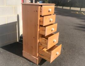 Wood Chest of 5 Drawers