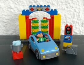 Lego Duplo Car Wash