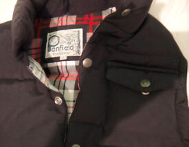 Gillet Jacket : Penfied (USA Sportsbrand) Black, 60/40 Materials Size:S £15