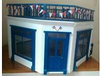 Dolls House Shop/Cafe