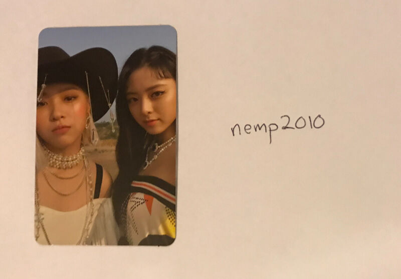 Itzy Not Shy photocard Ryujin & Yuna
