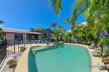HOLIDAY HOUSE IN BROADBEACH $140 PER NIGHT Broadbeach Gold Coast City Preview