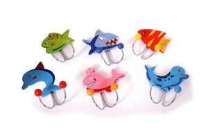 Childrens-marine-creatures-double-coat-hooks-Brightly-coloured-wooden-Fish