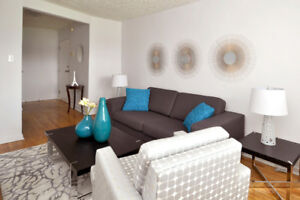 Top Floor Two Bed With Hardwood & Sunny Balcony - Mid-May/June!