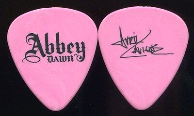 AVRIL LAVIGNE 2010 Lullaby Tour Guitar Pick!!! custom Recording Studio Pick