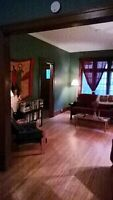 Lge bright 2-bedroom to share with female in downtown Kitchener
