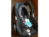 New with tags Maxi Cosi Cabriofix group 0+ baby car seat.