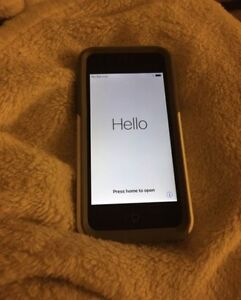 iPhone 5C 8GB with otter box - $100