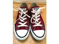 AllStar Converse, size 4, Red