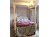 Beautiful solid oak Four Poster Bed