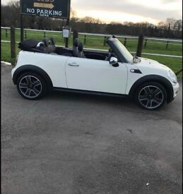 Mini Cooper Convertible with Chilli Pack, full leather seats