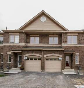 120 CAMDEN PVT NEPEAN ON    - 3 Bedroom Townhome for Rent