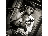 I'm Alex a professional Ukulele and Guitar Teacher and Player with over 15 years of experience