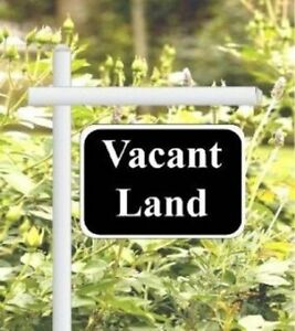 Large Level Lot for Your Dream Home!