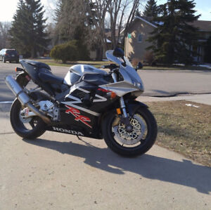 Very Clean 954 RR Fireblade will trade for quad, dually truck