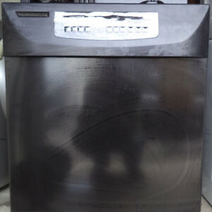 KITCHEN AID STAINLESS STEEL DISHWASHER FOR SALE! $80