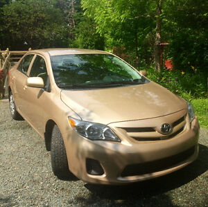 2011 Toyota Corolla Sedan: low mileage and in great condition!