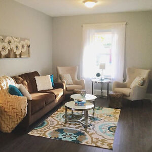 INTERIOR DECORATOR AND HOME STAGER!!