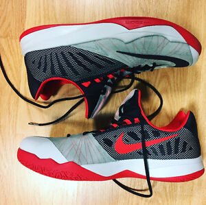 Nike Zoom trainer mens shoe size 13 (9.8/10 CONDITION)