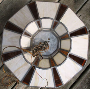 """Antique Currier & Ives Ceiling Lamp Stain Glass Shade Dia. 20.5"""" Stratford Kitchener Area image 2"""